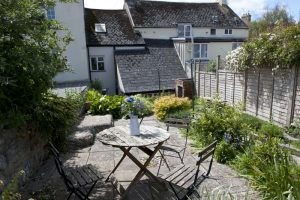 Lyme Regis Holiday Cottage for 4 people